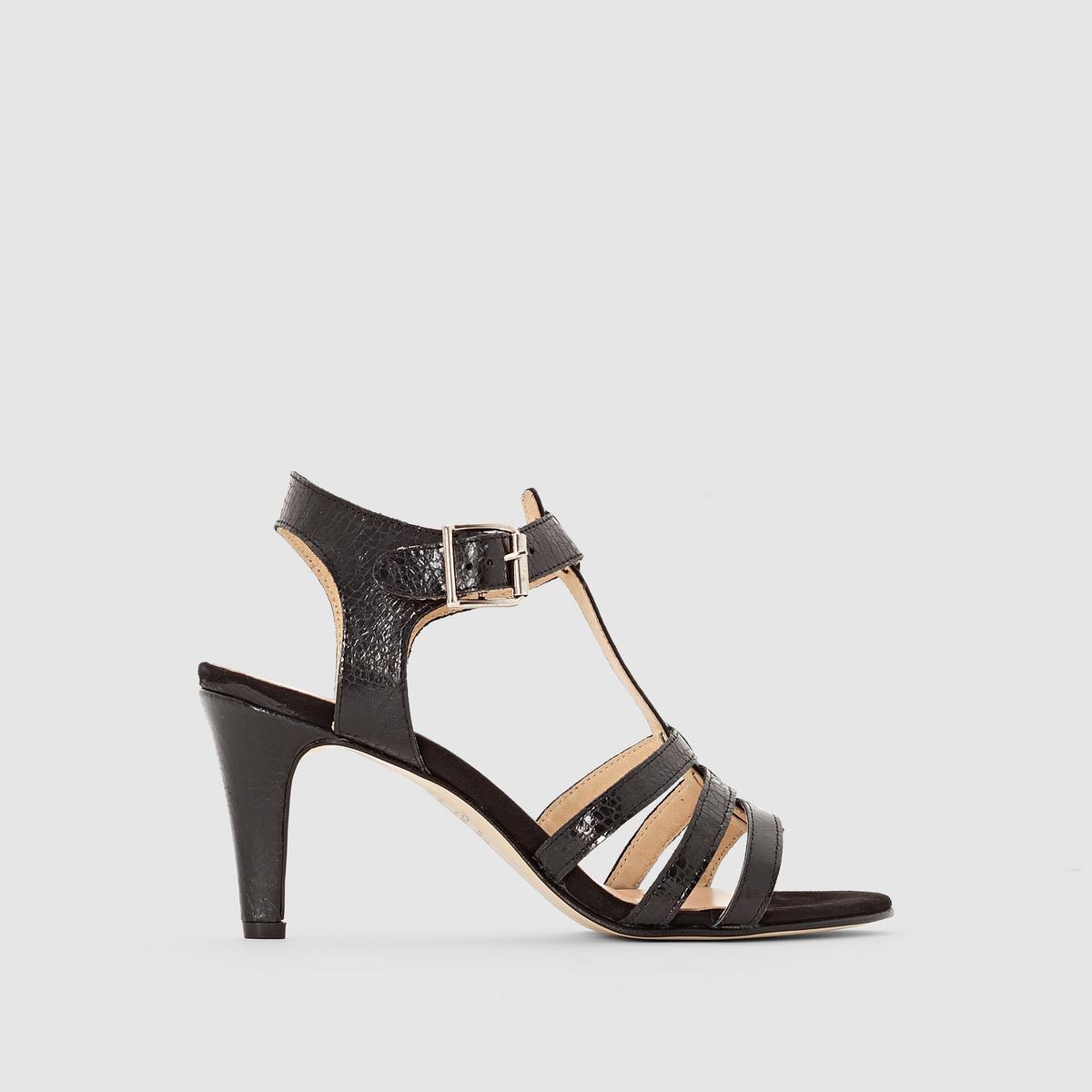 Туфли с ремешком вокруг щиколоткиПреимущества  : ремешок вокруг щиколотки, ламинированная кожа, очень женственные туфли JONAK в стиле нео-ретро.<br><br>Цвет: черный