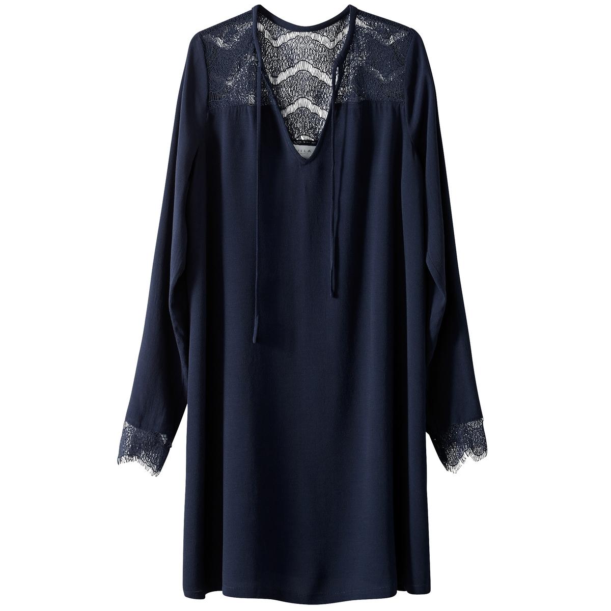 Платье короткое с длинными рукавами и кружевной детальюДетали   •  Форма : мини •  Укороченная модель •  Длинные рукава    •   V-образный вырезСостав и уход   •  100% вискоза •  Следуйте рекомендациям по уходу, указанным на этикетке изделия<br><br>Цвет: темно-синий<br>Размер: S