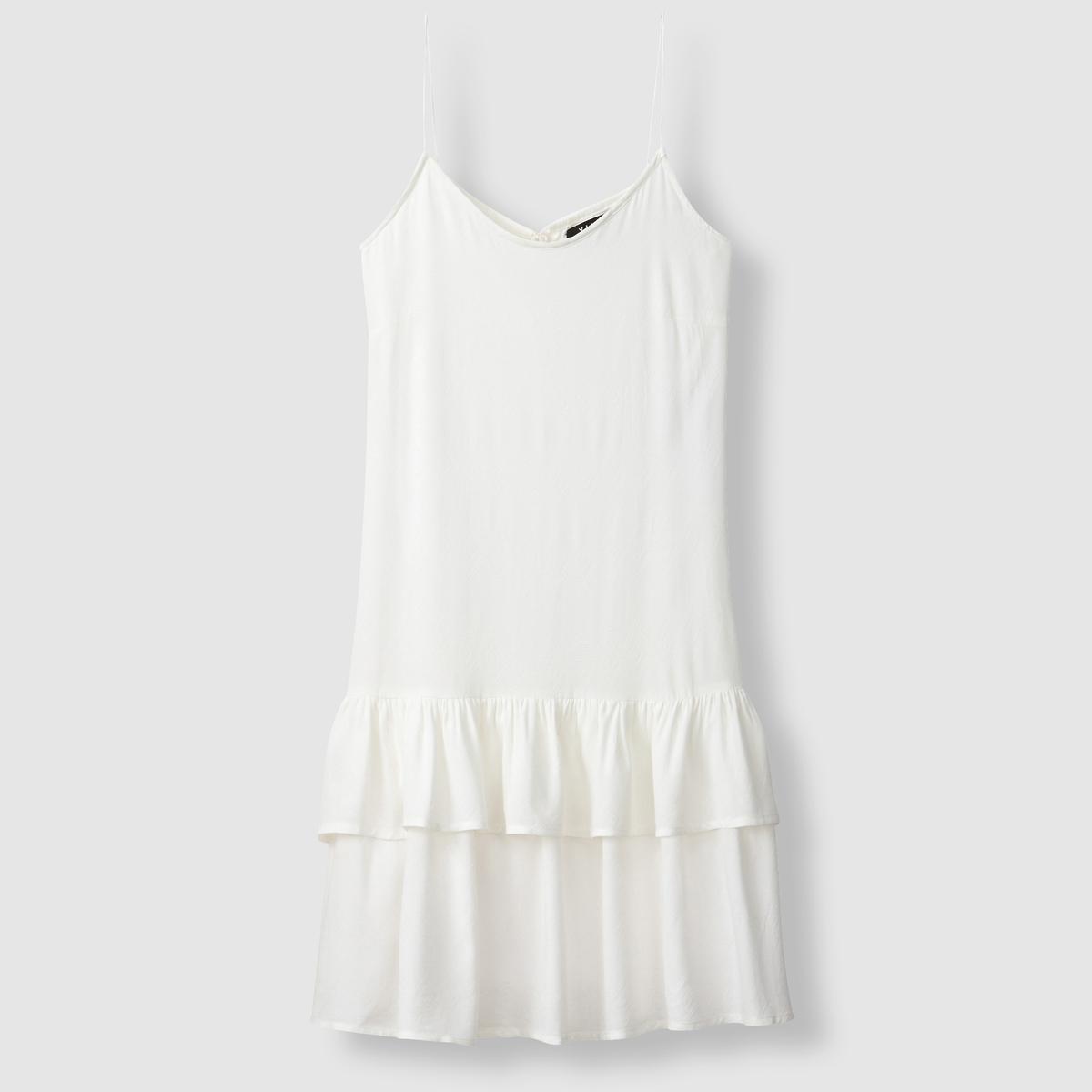 Платье на бретелях, низ с воланами VILA VISIMU STRAP DRESSПлатье VISIMU STRAP DRESS от VILA. Бретели. Низ блузки с воланами. Завязки с помпонами . Состав и описание  :   Материал : 100% вискозыМарка : VILA.<br><br>Цвет: белый
