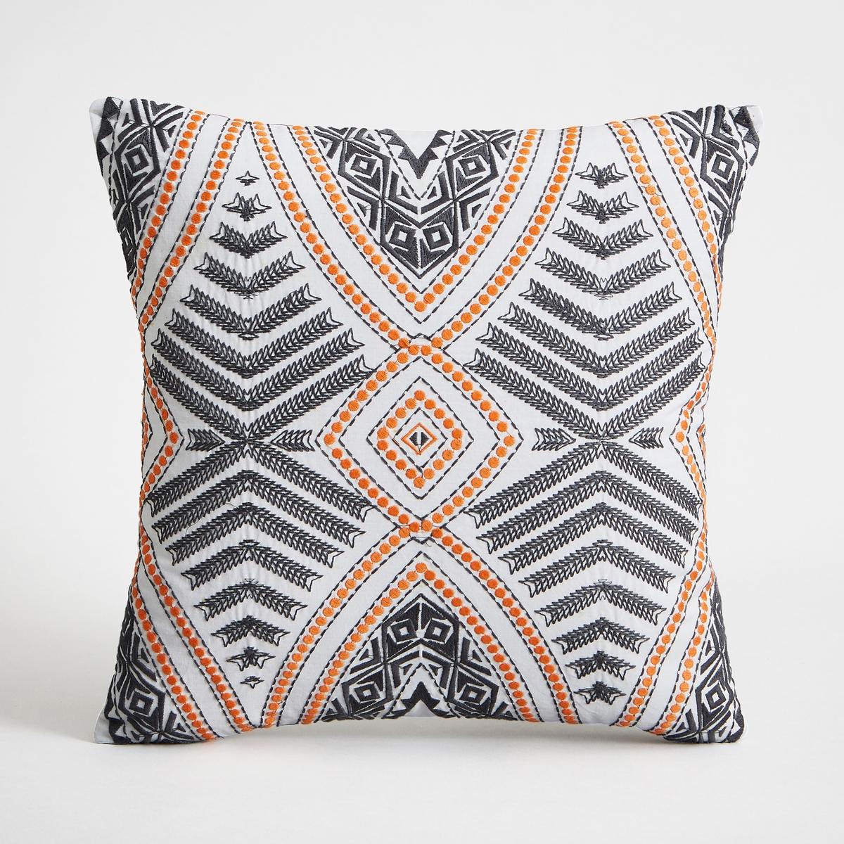 Чехол для подушки SantoftЧехол для подушки Santoft с рисунком и вышивкой. Застежка на молнию. Стирка при 30°.Состав:- 100% хлопок. Размеры :- 40 x 40 см.Подушка продается отдельно на сайте.<br><br>Цвет: оранжевый/ черный