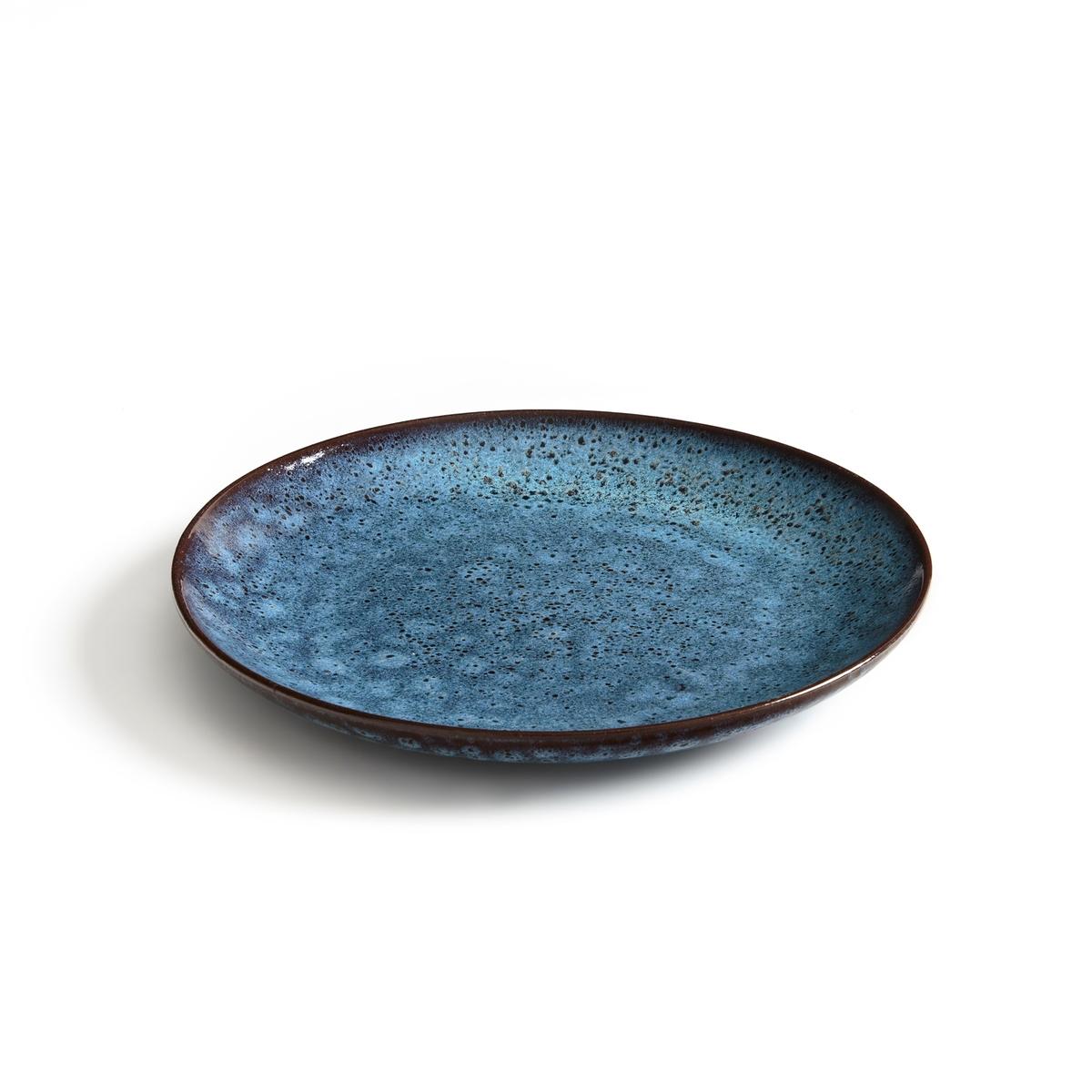 Тарелка плоская из терракоты , Pesgira (x4)4 плоских тарелки Pesgira. Очень красивый отражающий эффект, придающий неравномерную цветопередачу тарелке. Из эмалированной керамики . Ручная работа, каждое блюдо уникально. Подходит для мытья в посудомоечной машине. Размеры : ?27 x 2,5 см .<br><br>Цвет: каштановый / синий