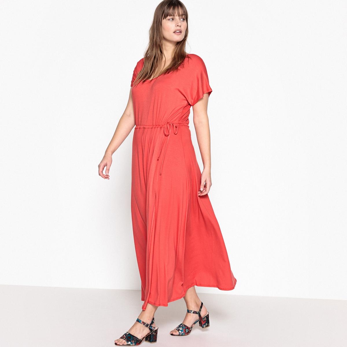Платье прямое длинное, однотонное, с короткими рукавамиОчень длинное платье из трикотажа: верх элегантности. Это длинное трикотажное платье можно носить каждый день или надеть на вечеринку в сочетании с яркими аксессуарами.Детали •  Форма: расклешенная •  Длина ниже колен •  Короткие рукава    •   V-образный вырезСостав и уход •  95 % вискоза, 5 % эластан •  Температура стирки при 30° на деликатном режиме •  Сухая чистка и отбеливатели запрещены •  Не использовать барабанную сушку •  Низкая температура глажкиТовар из коллекции больших размеров •  Очень длинное.• Завязка на поясе в кулиске.• Длина посередине спинки 140 см.<br><br>Цвет: черный<br>Размер: 42 (FR) - 48 (RUS).46 (FR) - 52 (RUS).44 (FR) - 50 (RUS).52 (FR) - 58 (RUS).50 (FR) - 56 (RUS)