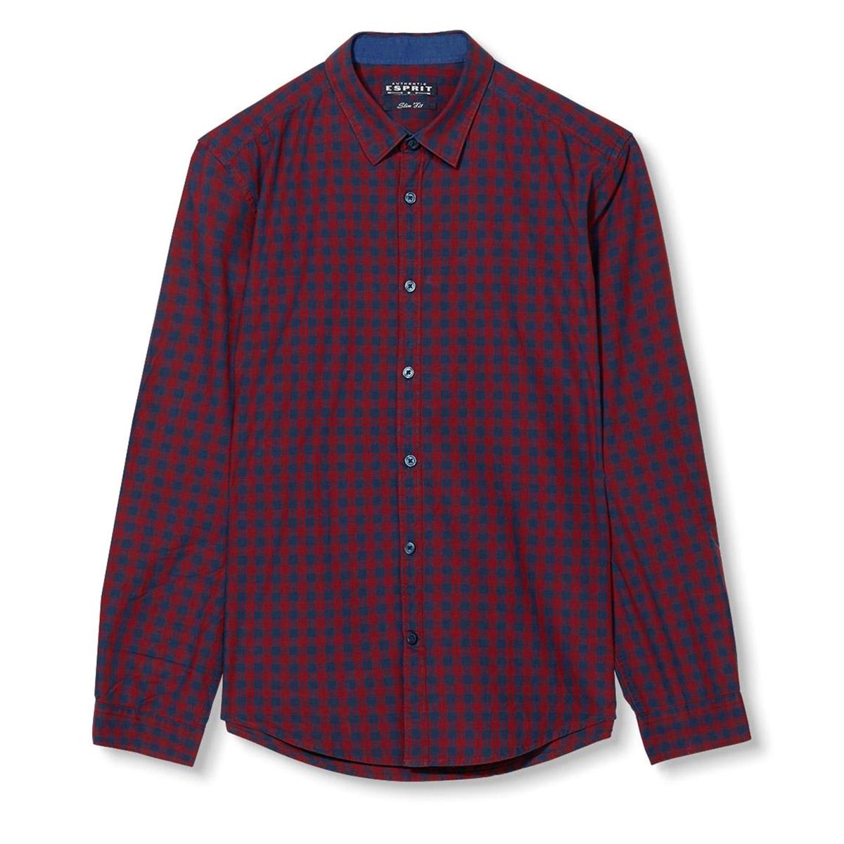Рубашка в клеткуРубашка с длинными рукавами - ESPRIT в клетку. Прямой покрой и классический воротник со свободными уголками. Застёжка на пуговицы, манжеты на пуговицах. Состав и описаниеМатериал: 100% хлопка.Марка: ESPRIT.<br><br>Цвет: в клетку темно-синий/красный<br>Размер: L