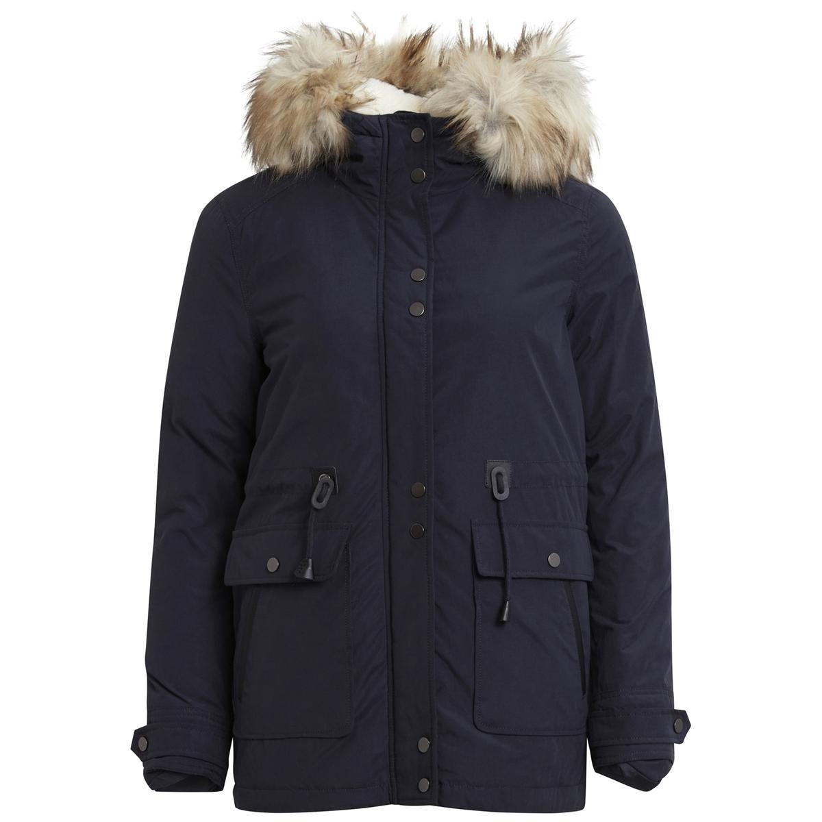 Куртка стеганая с капюшономНичего нет лучше, чем эта стеганая куртка для защиты от сильных холодов? Отличная куртка, сочетающая свободу движений и элегантность !Детали •  Длина  : средняя •  Капюшон •  Застежка на молнию •  С капюшономСостав и уход •  38% хлопка, 62% полиэстера •  Следуйте советам по уходу, указанным на этикетке<br><br>Цвет: темно-синий