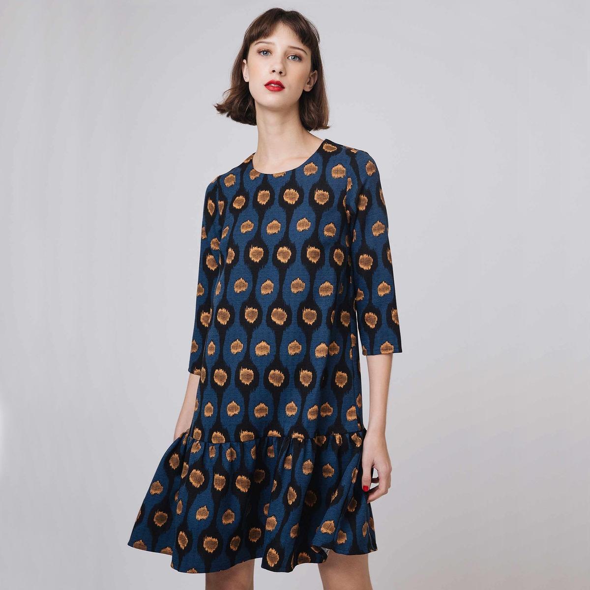 Платье короткое расклешенное с этническим рисунком и длинными рукавами платье расклешенное с длинными рукавами и круглым вырезом