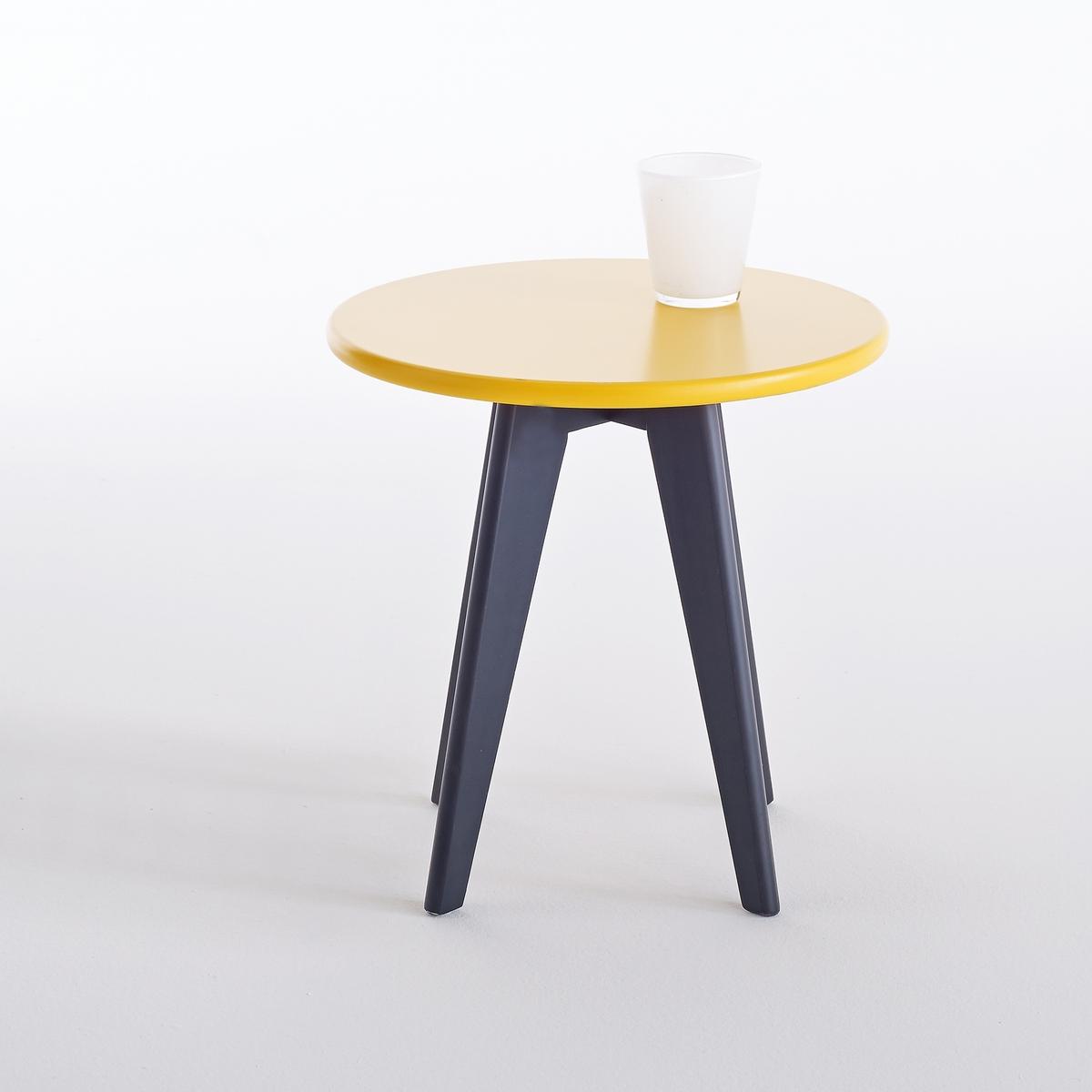 Прикроватный столик в стиле винтаж  WatfordПрикроватный столик в стиле винтаж Watford. Привнесите немного винтажного настроения, полного очарования, в Вашу комнату и в Вашу жизнь. Дизайн прикроватного столика Watford перекликается с тропическим стилем. Характеристики прикроватного столика Watford:Столешница круглая из МДФ, покрытие нитроцеллюлозным лаком.4 ножки из массива сосны, покрытие нитроцеллюлозным лаком.Откройте для себя всю коллекцию Watford на сайте laredoute.ruРазмеры столика  Watford:Общие:Диаметр: 40 смВысота: 40 смРазмеры и вес упаковки:1 упаковкаД47 x В7 x Г46 см3 кгДоставка:Прикроватный столик Watford продаётся в сборе. Доставка до квартиры!Внимание! Убедитесь, что есть возможность доставить товар на дом, учитывая его габариты (проходит в двери, по лестницам, в лифты).<br><br>Цвет: желтый/ черный