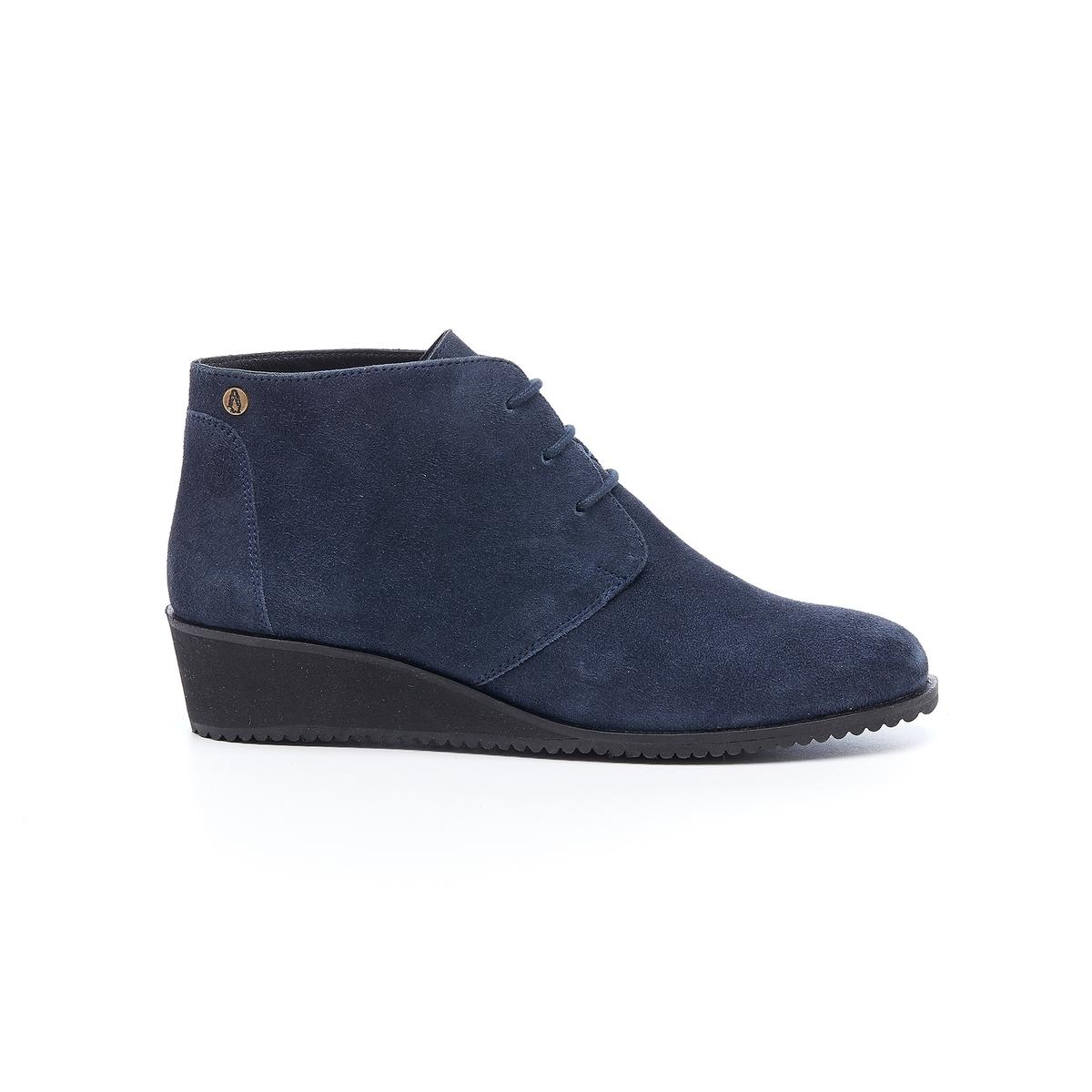Ботинки кожаные на шнуровке ColaliДетали •  Застежка : шнуровка •  Круглый мысок •  Велюровая отделка, нубукСостав и уход •  Верх 100% замша •  Подкладка 100% кожа •  Стелька 100% кожа •  Подошва 100% каучук<br><br>Цвет: темно-синий