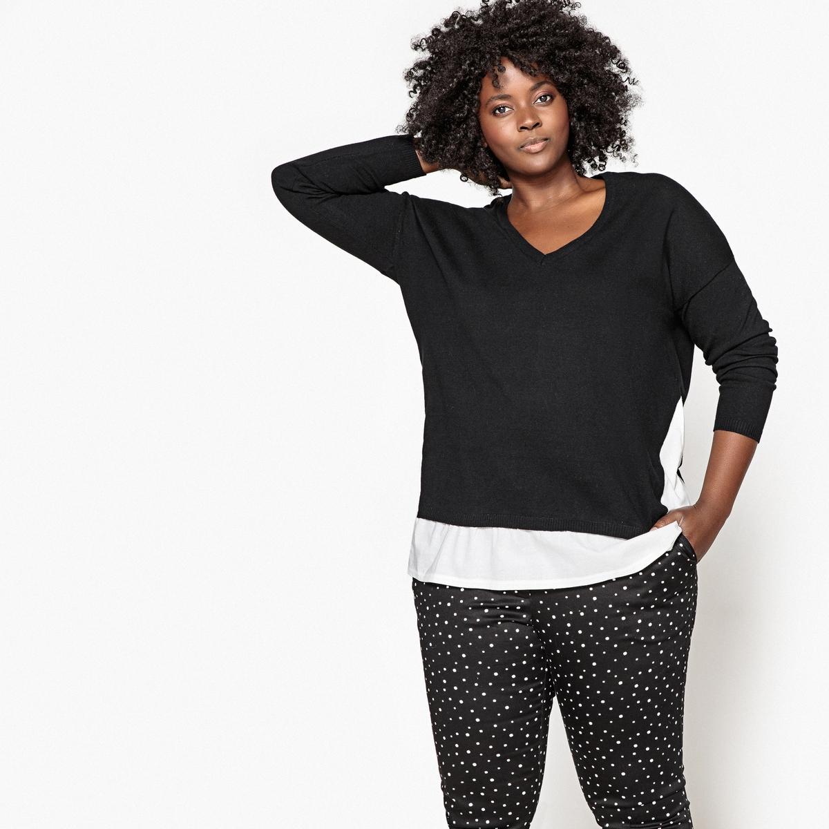 Sweter z dekoltem w kształcie litery V wykonany z dwóch rodzajów materiału