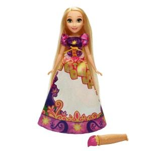 Poupée Disney Princesses : Raiponce robe magique HASBRO