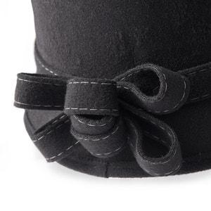 Cloche Hat ANNE WEYBURN