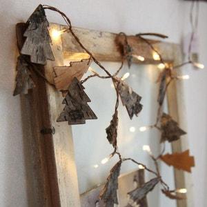 NATURE TREE - Guirlande Sapin Bois LED 2m - Guirlande et objet lumineux Xmas Living Glass designé par XMAS LIVING GLASS