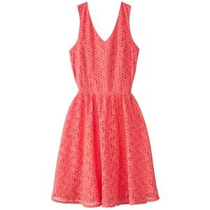 Sukienka bez rękawów, ściągnięta w pasie VERO MODA