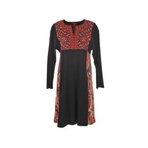 Bedrucktes und besticktes Kleid