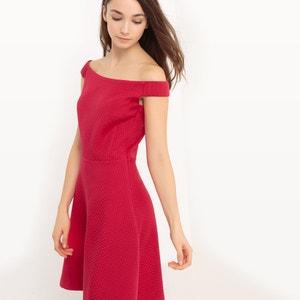 Figurbetontes Kleid mit freien Schultern ESPRIT