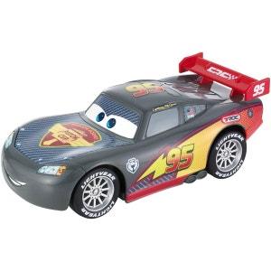 Véhicule à rétrofriction Cars : Voiture Flash McQueen Carbone MATTEL