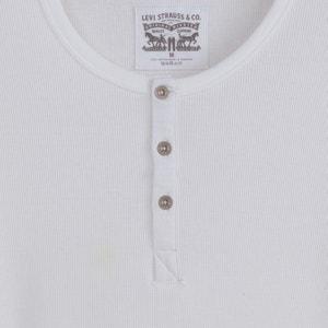 T-shirt z rozcięciem przy szyi LEVI'S