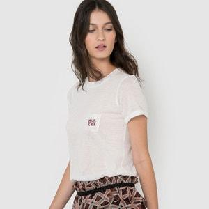 T-shirt com bolso bordado R studio