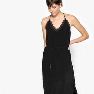 Halflange jurk met V-hals, smalle bandjes en kant SUNCOO