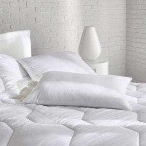 Подушка мягкая, с обработкой против клещей REVERIE