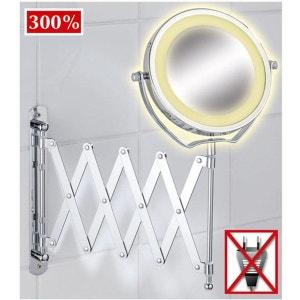 Miroir mural grossissant rétro-éclairé par LED WENKO