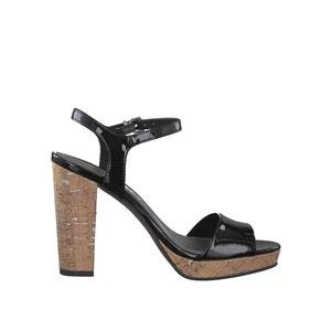 Sandały lakierowane 28002-38 TAMARIS