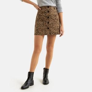 Korte rechte rok met knoopsluiting vooraan