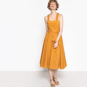 Sukienka z gorsetem na szerokich ramiączkach, ozdobiona haftem angielskim MADEMOISELLE R