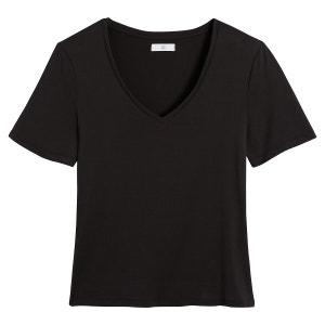 Camiseta vaporosa con escote de pico