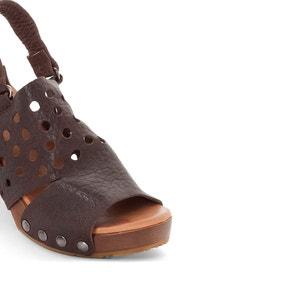 Sandálias em pele Delina DKODE
