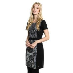 Robe Clara moulante avec deux motifs différents. SMASH