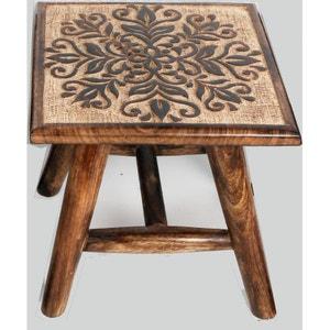 Tabouret / Table d'appoint en bois naturel sculpté motif rosaces 25x25x25cm - Modèle selon disponibilité PIER IMPORT