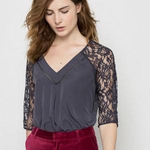 Blusa feminina, detalhe em renda atelier R