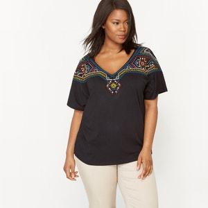T-shirt bordada, decote em V, mangas curtas CASTALUNA