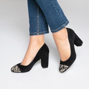 Туфли кожаные с вышивкой на мысках MADEMOISELLE R