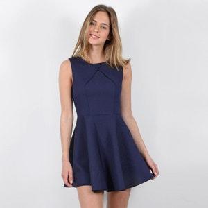 Wijd uitlopende effen korte jurk zonder mouwen MOLLY BRACKEN