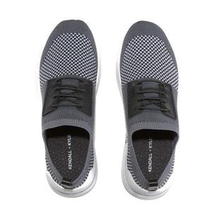 Zweifarbige Sneakers im Sockenstil BRANDY5 KENDALL + KYLIE
