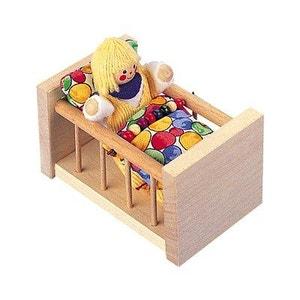 Le lit à barreaux en bois SELECTA