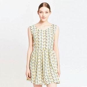 Krótka wzorzysta sukienka rozszerzana, rozkloszowana MIGLE+ME