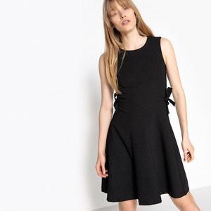 Korte jurk met ronde hals zonder mouwen MADEMOISELLE R