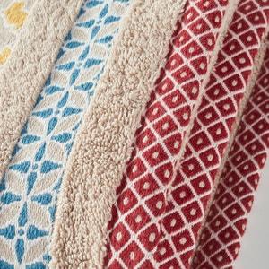 Evora Cotton Towelling Towel with Coloured Border. La Redoute Interieurs
