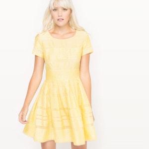 Robe rayee noir et jaune