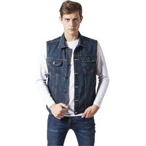 Homme en jeans sans sous vetement
