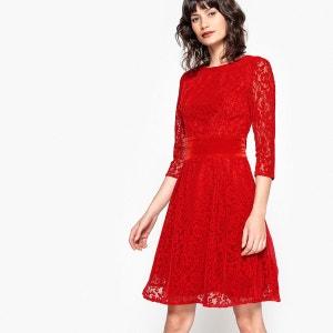 Robe dentelle rouge transparente