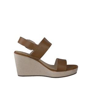 Skórzane sandały na koturnie 28337-28 TAMARIS