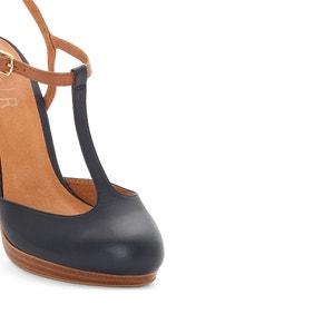 Schoenen in leer atelier R