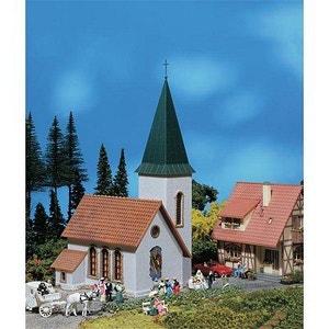 Modélisme HO : Église de village avec tour PLAY TRAIN FALLER