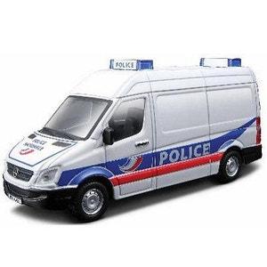 Modèle réduit - Mercedes Benz Sprinter - Collection Emergency Force - Echelle 1/50 : Police BBURAGO