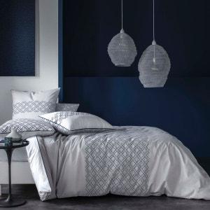 Housse de couette - percale 80 fils -Imprimé graphique aux tons bleu nuit et gris sur un fond galet . BLANC CERISE
