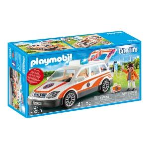 Car and Paramedics 70050