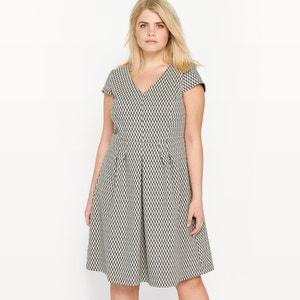 Żakardowa rozkloszowana sukienka z krótkim rękawem CASTALUNA